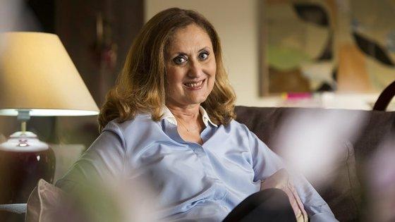 A entrevista foi realizada na casa da autora, em Lisboa.