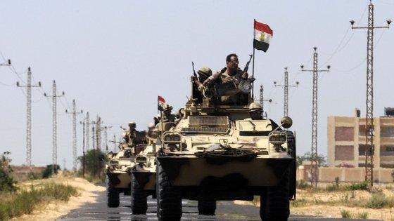 As forças egípcias têm aumentado a presença na região do Sinai desde o início do ano.