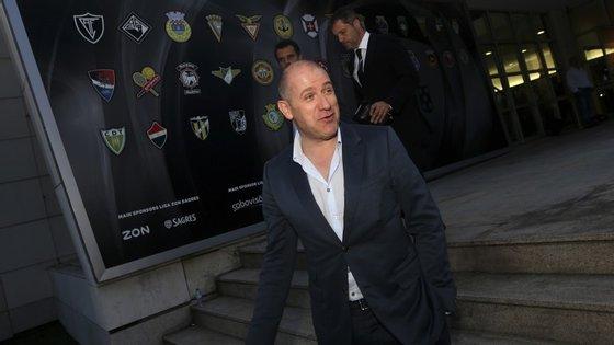 O vice-presidente do FC Porto tinha 70 mil euros em casa em notas de 500 que foram apreendidos. Carros e armas também foram apreendidos no âmbito da Operação Fénix, esta quinta-feira.