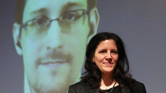 """""""Citizenfour"""" centra-se em Edward Snowden, que denunciou o sistema global de vigilância eletrónica da espionagem americana, via NSA"""