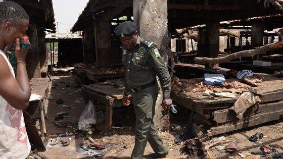 O grupo terrorista Boko Haram atua sobretudo no Norte da Nigéria. No início do mês, foi responsável por um ataque em Kukawa, onde morreram pelo menos 97 pessoas.