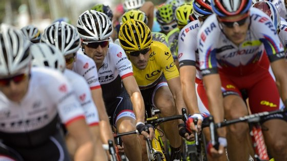 Cancellara conseguiu a camisola amarela no domingo, ainda na Holanda
