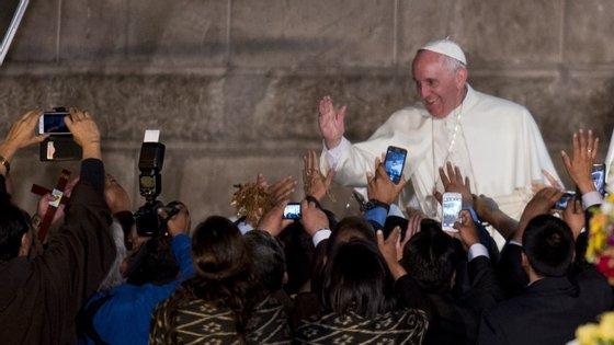 O Papa Francisco está a meio de uma viagem pela América Latina. Depois do Equador, seguem-se a Bolívia e o Paraguai