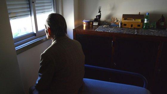 As pessoas com distúrbios mentais continuam a não ser adequadamente reintegradas na sociedade depois dos internamentos