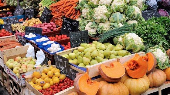 Frutas e vegetais com elevados teor de amido provocam o mesmo efeito metabólico no organismo que o açucar