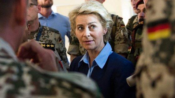 Ursula von der Leyen é ministra da Defesa da Alemanha e já ocupa pastas ministeriais desde 2005, quando Angela Merkel foi eleita chanceler