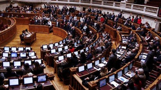 As eleições legislativas ocorrem a 4 de outubro