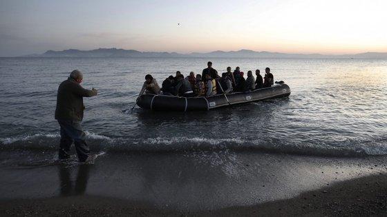 Autoridades acreditam que viajavam em embarcações precárias