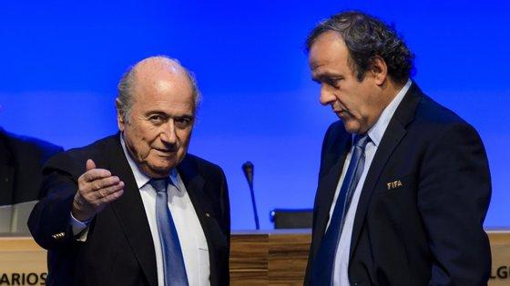 Com Blatter de saída, Platini via nestas eleições a grande oportunidade de mandar no futebol mundial