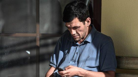 Abdullah Kurdi, pai de Aylan foi desmentido pelos outros passageiros, que afirmam que estava ao leme quando aconteceu o naufrágio