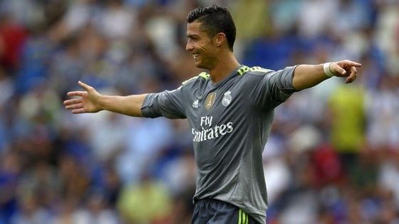 Ronaldo somou ainda aos cinco golos marcados uma assistência, feita para o golo de Karim Benzema