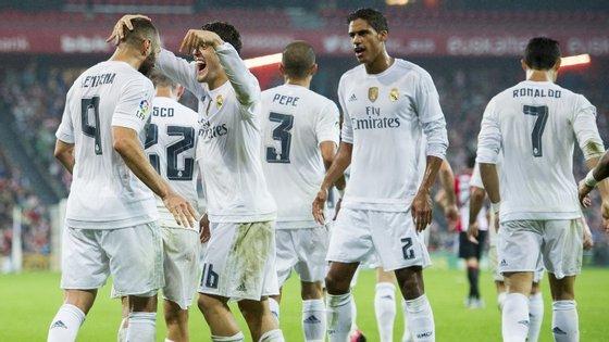 O avançado francês Karim Benzema marcou os dois golos que deram a vitória ao Real Madrid