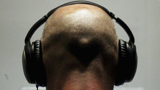 Ouvir música pode aumentar o bem-estar