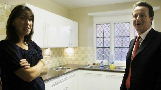 A incursão de David Cameron pela cozinha foi mais proveitosa do que a de Ed Miliband