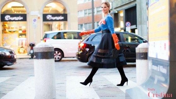 A apresentadora esteve em Milão a convite da criadora italiana Elisabetta Franchi