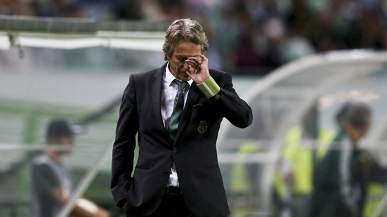 Jorge Jesus não perdia um jogo em casa, na Liga Europa, desde março de 2009, quando ainda estava no Braga. É a quarta derrota em 28 jogos na competição