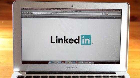 O LinkedIn, que chegou à internet em 2003, é uma rede social focada nos contactos profissionais