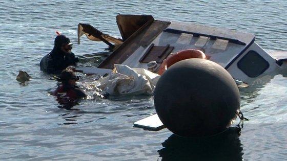 Este é o segundo acidente esta semana em que um barco com refugiados se afunda, provocando mortes