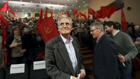 """Jerónimo de Sousa afirmou que a possibilidade de um governo à esquerda """"estalou o verniz democrático a muitos"""""""
