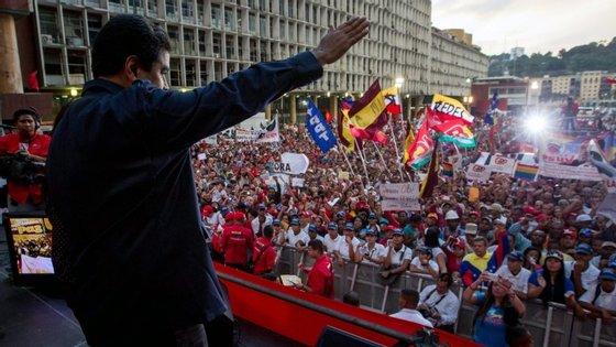 Na Venezuela a inflação ronda os 85%.