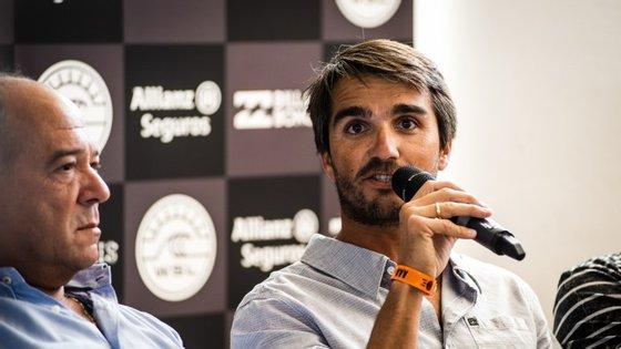 Francisco Spínola reuniu apoios e parceiros para, em 2009, convencer a Rip Curl a organizar a uma etapa do circuito mundial de surf em Peniche. A partir daí nunca mais largou a organização do evento