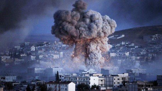"""Os ataques destruíram 53 posições usadas por """"terroristas"""""""