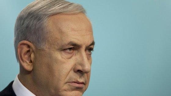 """Netanyahu afirmou que Hitler não queria exterminar os judeus mas foi convencido por Haj Amin al-Husseini para avançar com a """"Solução Final""""."""