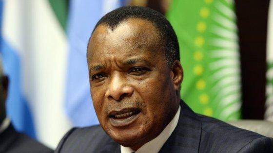 Denis Sassou Nguesso marcou referendo constitucional que, a ser aprovado, vai permitir que continue na presidência da República do Congo.