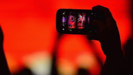 Neste concerto, o seu telemóvel é um instrumento importante para a melodia