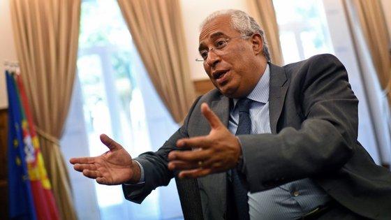 António Costa já chegou a acordo com Catarina Martins, mas terá de discutir essa solução na reunião da comissão política do PS