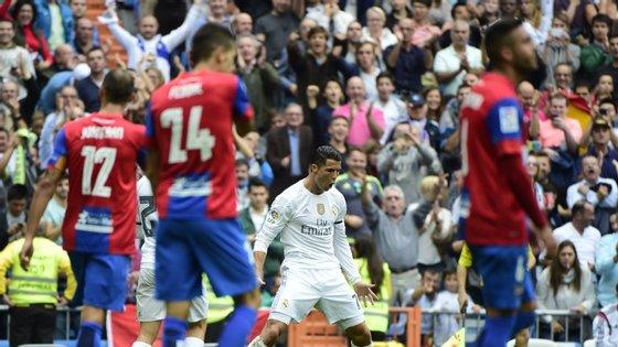 Ronaldo tornou-se este sábado o maior goleador da história do Real Madrid