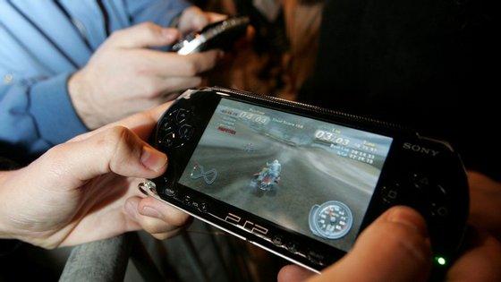 Segundo o National Children's Bureau, os videojogos podem diminuir o sucesso nos exames