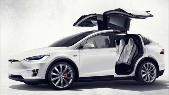 O sistema de filtragem de ar do novo modelo X da Tesla estará imune ao ar que se respira no exterior