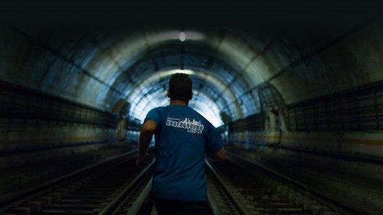 A corrida subterrânea será feita entre as estações de São Sebastião e do Aeroporto (linha vermelha)