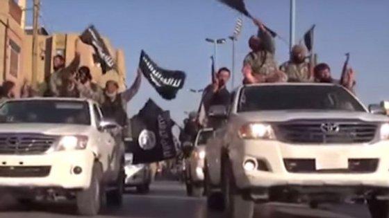 Fotografia retirado de vídeo de propaganda do Estado Islâmico em Raqqa na Síria