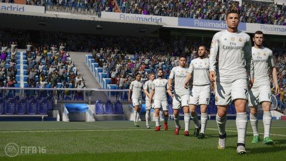 O jogo FIFA16 está disponível para Xbox One, Xbox 360, PS4 e PS3 e para o PC