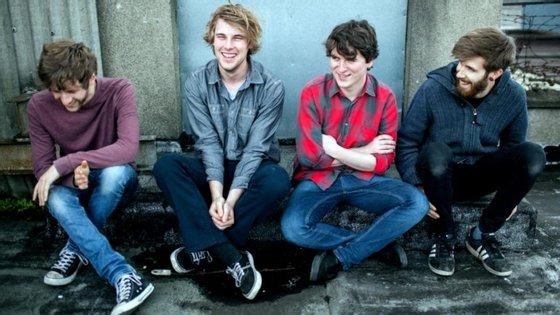 Dara Kiely, Daniel Fox, Alan Duggan e Adam Faulkner são os Girl Band. Sim, não há raparigas