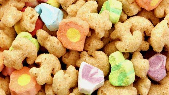 Existem diferentes níveis de alimentos processados e, no fim da linha, estão os irresistíveis cereais de pequeno-almoço.