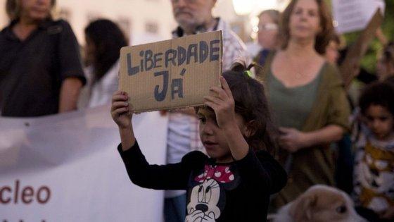 Durante a manifestação em Lisboa pela libertação dos ativistas angolanos