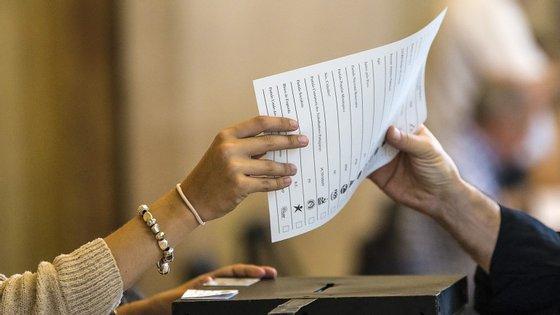 Os votos em branco não têm, atualmente, qualquer tipo de expressão no Parlamento