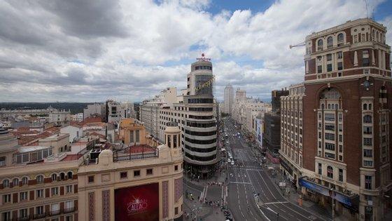 Madrid acordou debaixo de muita poluição