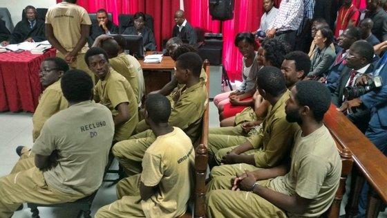 Os ativistas que vão a julgamento estão acusados de rebelião e atentado contra o Presidente Angolano.