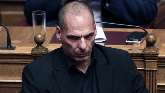 Yanis Varoufakis demitiu-se do cargo de ministro das Finanças em julho