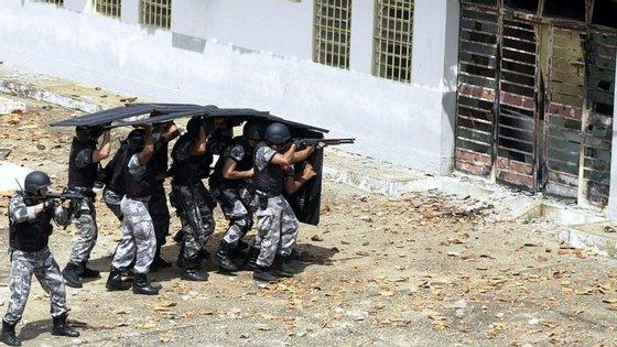 A infeção de reclusos pelo vírus HIV em Pernambuco é 42 vezes maior do que a média da população brasileira.