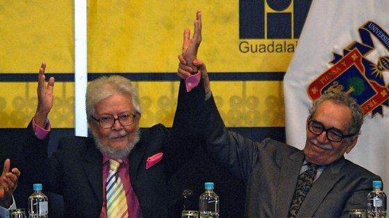 Fernando del Paso aqui ao lado do já falecido Gabriel Garcia Marquez, em 2007