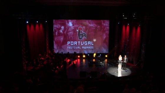 """As respostas devem ser enviadas para leitor@observador.pt com o assunto """"Portugal Festival Awards""""."""