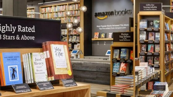 A primeira livraria física da Amazon localizada em Seattle.