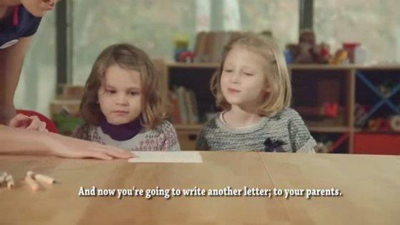 As crianças que participaram na experiência tinham de escrever numa carta o que gostariam de receber no Natal