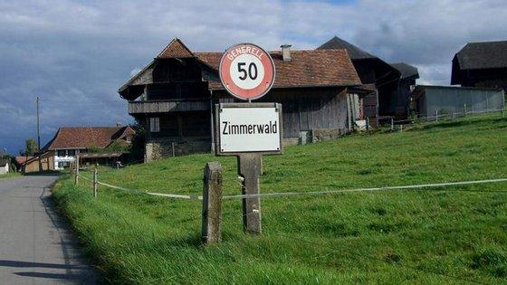 Zimmerwald é uma pequena aldeia com 1 100 habitantes.