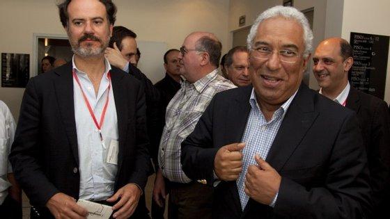 Sérgio Sousa Pinto apresentou a demissão da direção do PS, precisamente por não concordar com a aliança à esquerda